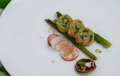 Grand Mercure Jakarta Harmoni - Chicken Rolade Coliander And Asparagus